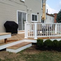 azek-rail-fascia-with-cedar-liss